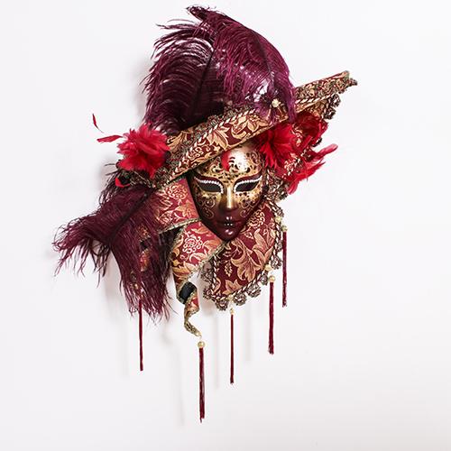 Dama Cappello Ricci Rossa